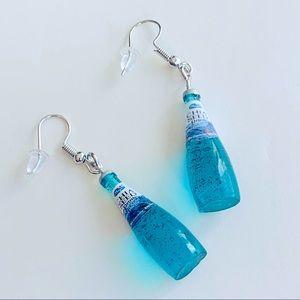 (NWOT) Fashion and Stylish Bottle Drop Earrings